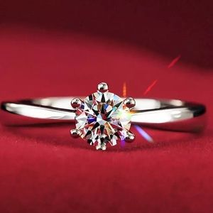 💍Stunning CZ Engagement Wedding Ring